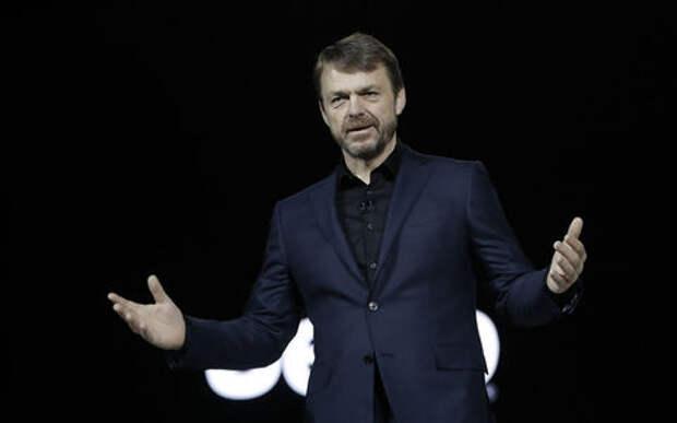 Успеть до слияния с Renault: глава FCA продает свои акции