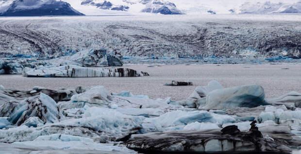 Туристы спаслись от ледника в Исландии