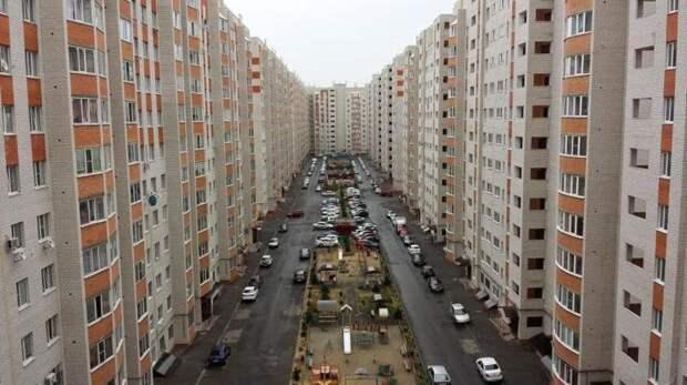 4. В России отдаленные районы в двух столицах постоянно застраиваются, медленно превращаясь в гетто жилая застройка, каменные джунгли, квартиры, фото, человеческий муравейник