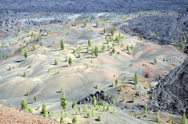 7. Вулкан Синдер Кон в Калифорнии интересно, необитаемые места, природа, удивительные места планеты, фото