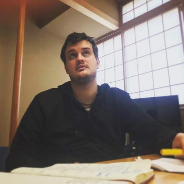 Сын Александра Домогарова: «Куда бы я ни поехал с отцом, начинается мука»