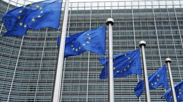 В Европарламенте назвали легендой наличие у России помощников в ЕС