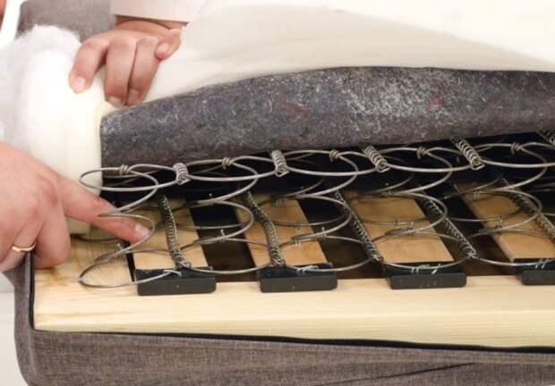 3 варианта, как починить диван, если он скрипит на весь дом