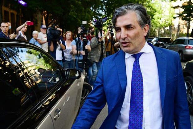 «Главный решала страны»: уадвоката Ефремова есть «козырь»
