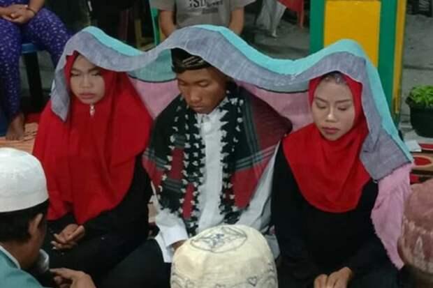 Мужчина женился сразу на двух девушках