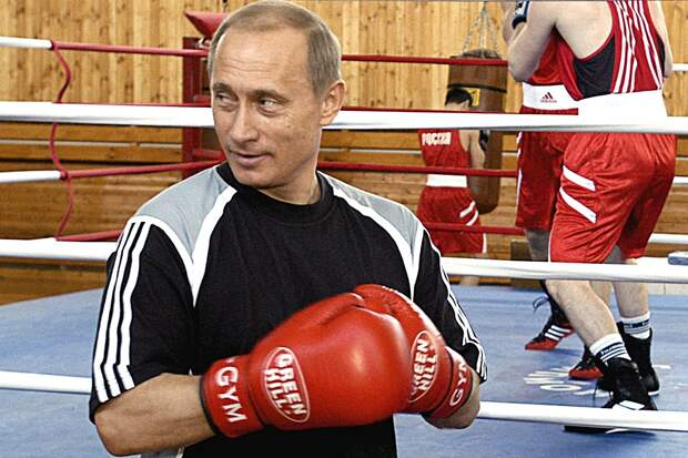 Путин рассказал, как ему сломали нос натренировке побоксу