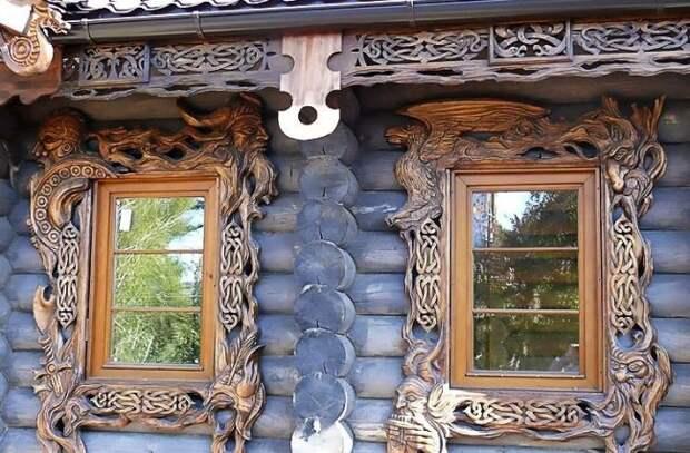 Красивое и необычное обрамление окна!