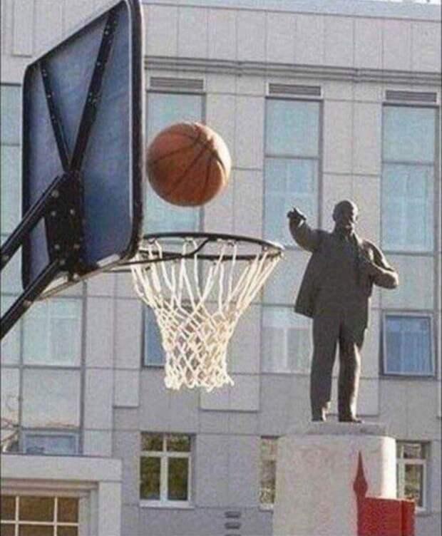⭐️ 20 лучших мемов про Ленина