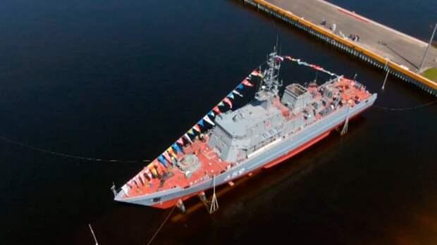 В Санкт-Петербурге спустили на воду уникальный корабль противоминной обороны из композитов