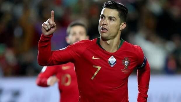 Роналду попал в список лучших игроков символической сборной прошедшего Евро-2020