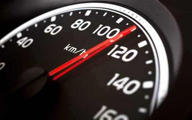 В Госдуме предложили повысить до 110 км/ч скоростной лимит на автодорогах