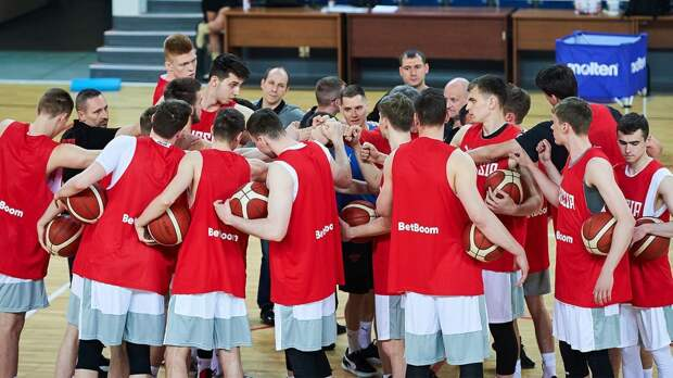 Российские баскетболисты обыграли турок в товарищеском матче