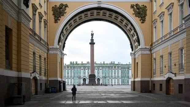 Кратковременные дожди и южный ветер ожидаются в Петербурге 28 октября
