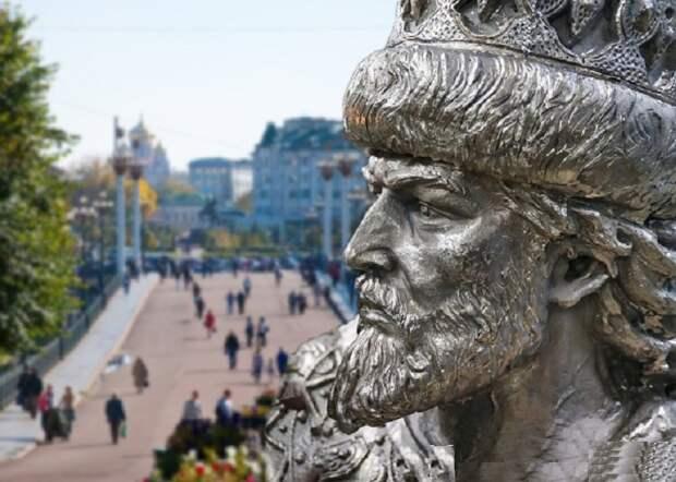 Новый памятник Ивану Грозному в Орле - Турист