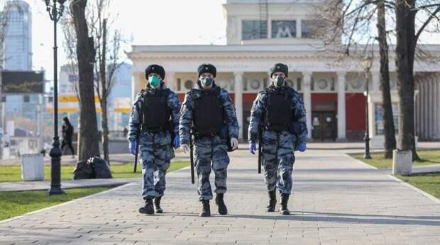 В Москве могут снова ввести карантин: кого это коснется