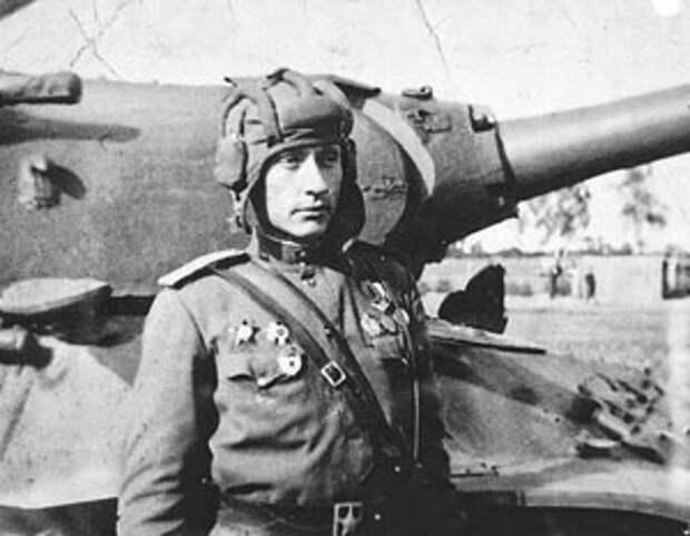 Подвиг танкиста Колобанова замалчивали и нацисты, и коммунисты