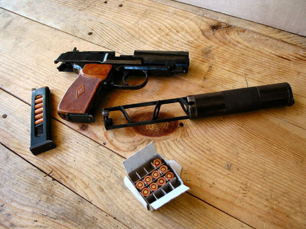 Какие пистолеты стоят на вооружении российского МВД