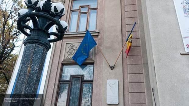 Молдавии важно обсудить продажу вина и винограда: политолог заявил о рекомендательном характере встречи Путина и Додона