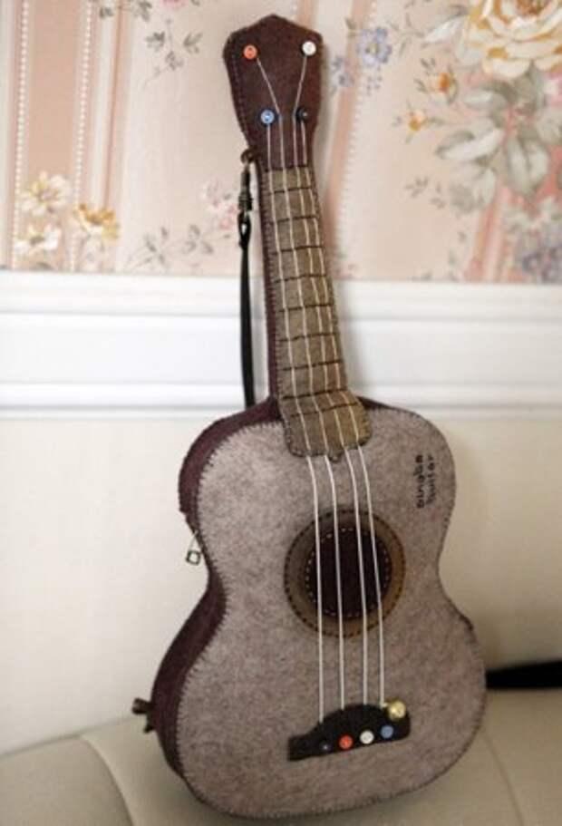 Мастер класс по шитью мягкой гитары для ребенка из фетра
