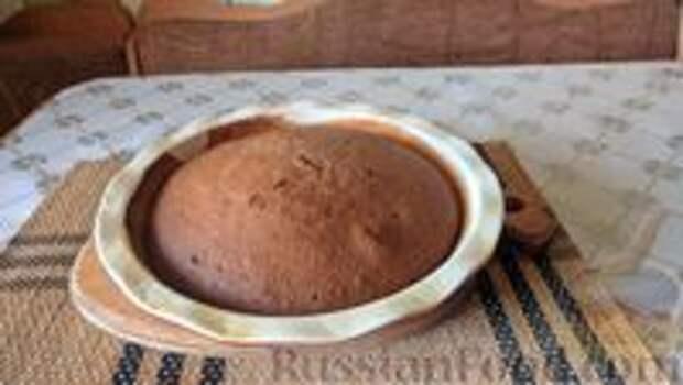 Фото приготовления рецепта: Постный шоколадный пирог с гречневой  мукой - шаг №7