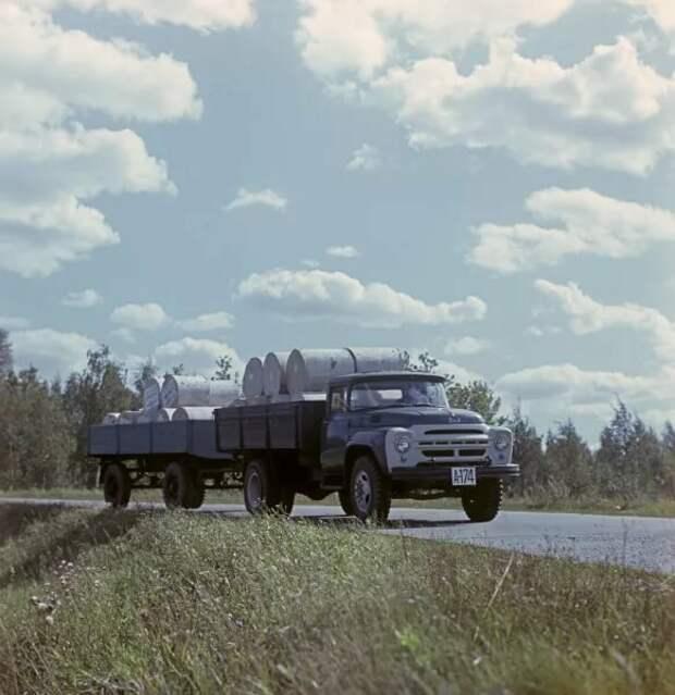 Грузовик, который выпускался 48 лет и стал легендой Советского Союза, ЗИЛ 130