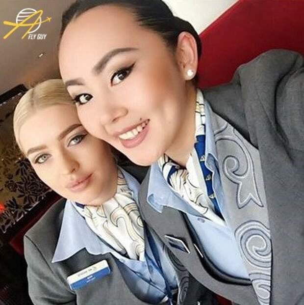 27 самых сексуальных селфи стюардесс со всего мира