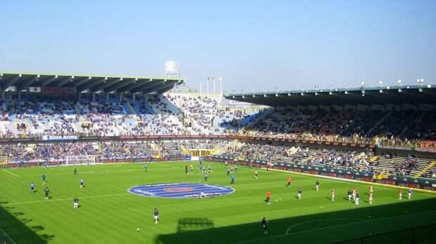 Грандиозный стадион Ян Брейдел