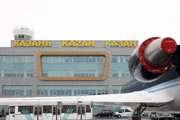 Летевший в Новосибирск самолёт вынужденно сел в Казани