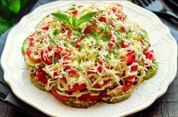 Многослойный салат с кабачками. Любимая летняя еда моей семьи 4