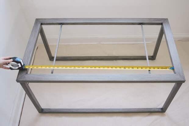 Отличная идея: соедините остатки плитки и старый журнальный столик