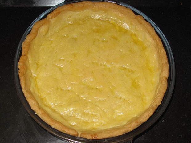 Лимонный пирог с безе
