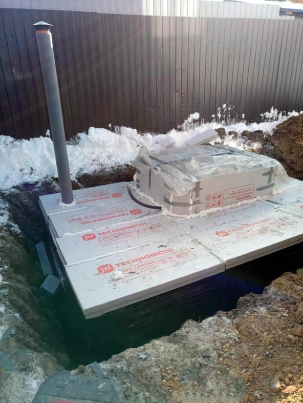 Зимний монтаж погреба Уралец-10 в комплектации Стандарт в деревне Малое Седельниково 9 марта 2021 года