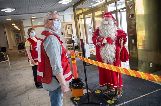 Финский Санта-Клаус вакцинировался от коронавируса