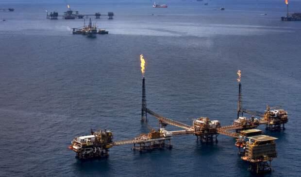 ОАЭ снизят экспорт нефти на30% врамках ОПЕК+ воктябре