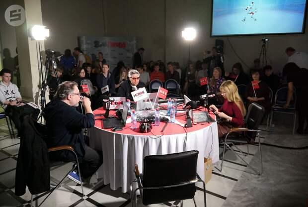 Ведущие утреннего шоу на «Новом радио» провели эфир в Ижевске