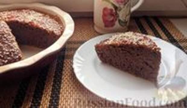 Фото приготовления рецепта: Постный шоколадный пирог с гречневой  мукой - шаг №8