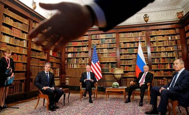 «Джо дает сбои, ставлю на Влада»: американцы в восторге от действий охраны Путина