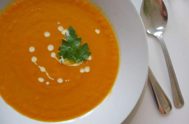 Сытные овощные похлебки: готовим наваристые супы без мяса