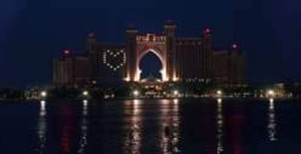 Дубай поддерживает людей на самоизоляци