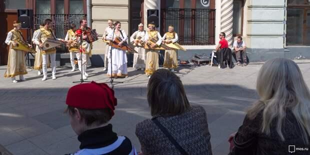 Площадка для выступлений уличных артистов заработает у станции «Ботанический сад»