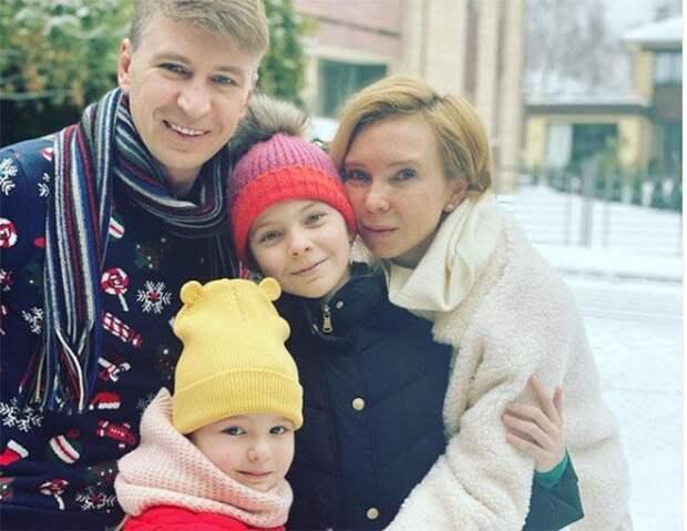 «Не с чем справляться»: Алексей Ягудин против того, чтобы дочери повторили его судьбу