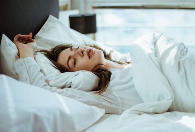 Чеснок помогает расслабиться и уснуть глубоким сном / Фото: n1s1.hsmedia.ru