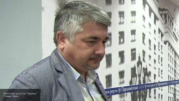 Ищенко пояснил, зачем Украине переговоры по Донбассу в «будапештском формате»