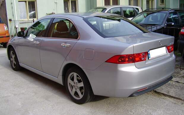 Б/У: Делюсь мнением о Honda Accord Mk7. Стоит ли брать.