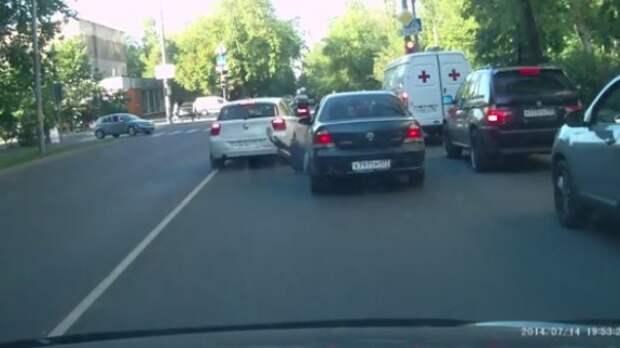 Задержан водитель BMW, намеренно сбивший оппонента на дороге