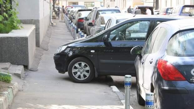 Деньги от платной парковки потратят на ремонт дорог