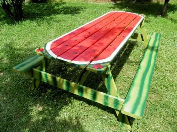 Арбузный стол