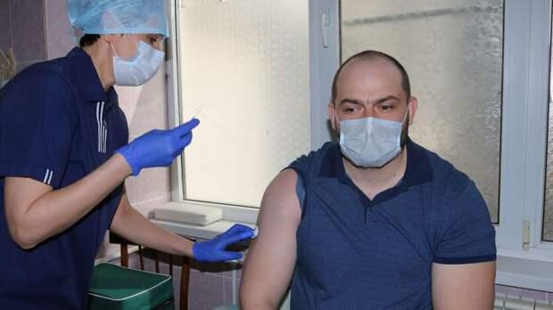 Почти 100 тысяч жителей Ростовской области прошли полную вакцинацию отковида