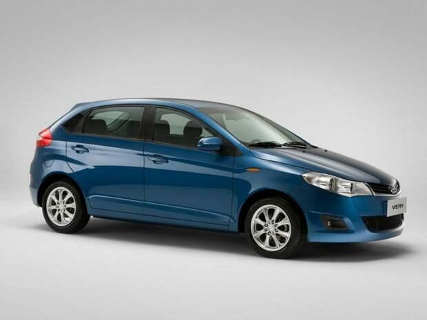 Топ 3 хороших машин до 400 тысяч рублей.