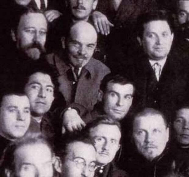 Каменев, Ленин и Зиновьев